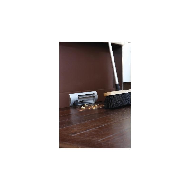 Presa per cucina a battiscopa color argento 11070020 - Battiscopa per cucina ...